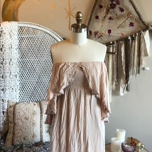 Dresses & Skirts - Pale Pink Bohemian Dress